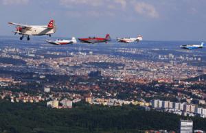 První projekt, u kterého se Radim Vojta a společnost Eduard sešli, byl přelet formace sportovních letounů na trase Most – Praha v rámci projektu Naši se vracejí v srpnu 2013. Zde Radim působil jako vedoucí formace.